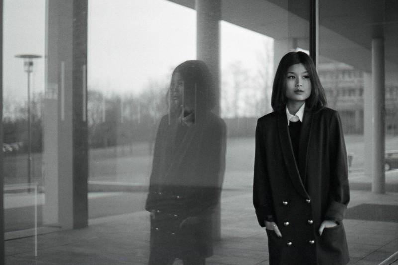 Fotoshooting Würzburg - analog auf Schwarz-Weiss-Film - mit Model Yen